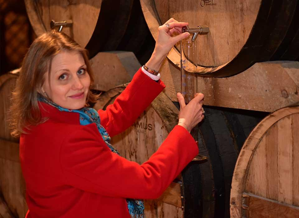T&t Cognac tour with a private local guide. Tour à Cognac avec un guide. Коньячный тур в Коньяк с русским гидом
